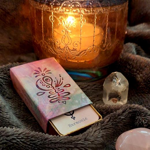 Atelier C'amiëlle - Soul Code Karten / Glücksfacetten - fruchtbar, Harmonie - ziehe eine Karte für Deinen Tag gleich hier im online Orakel